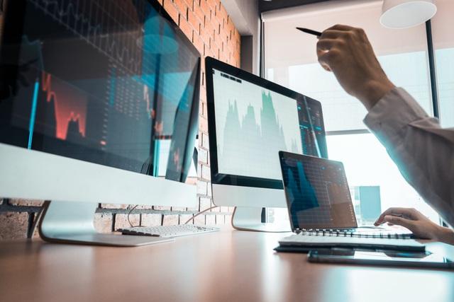 Kênh đầu tư 'nhẹ đầu' cho nhân viên văn phòng năm 2021 - Ảnh 1.
