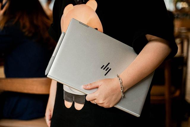 HP EliteBook x360 1040 G7: Xứng đáng là trợ lý đắc lực cho mọi doanh nhân hiện đại - Ảnh 2.