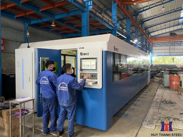 Trang bị máy cắt Laser Yawei 15KW hàng đầu Việt Nam – bước đầu tư mạnh mẽ để bứt phá của Huy Thành - Ảnh 2.