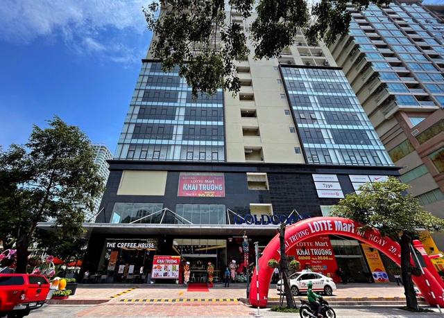 """LOTTE Mart Gold Coast Nha Trang """"hút"""" khách ngay tuần đầu khai trương - Ảnh 1."""