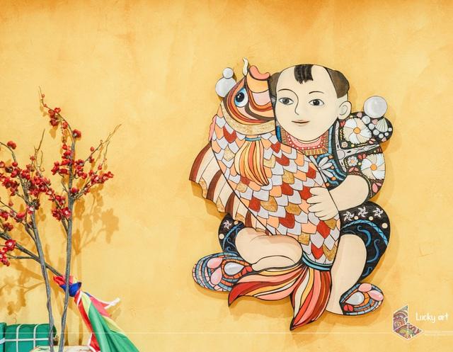 Độc đáo bộ tranh gỗ cầu tài lộc âm hưởng văn hoá dân gian - Ảnh 4.