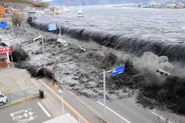 Huawei - doanh nghiệp không chùn chân trước thảm họa, thiên tai - Ảnh 1.