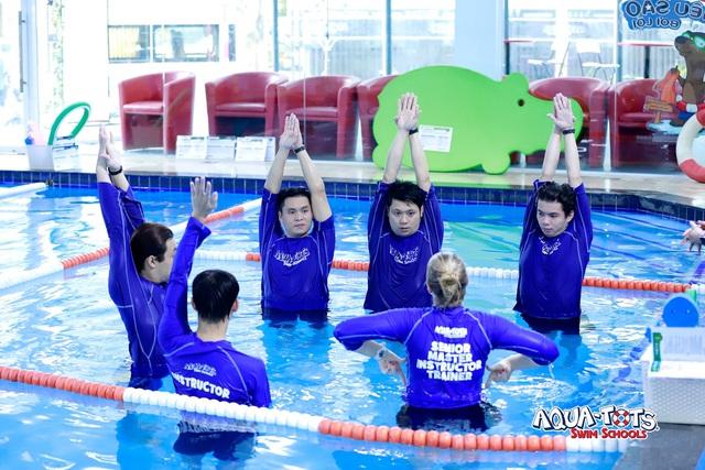 Khác biệt với bơi sinh tồn Aqua-Tots chuẩn Mỹ tại ASC Education - Ảnh 4.