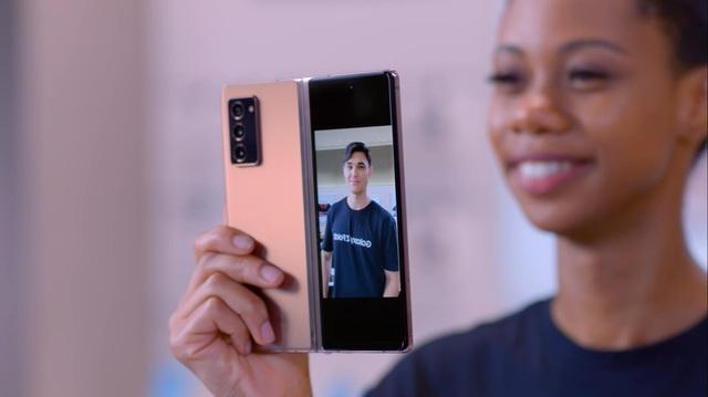 """Samsung đã """"phổ cập"""" các tấm nền màn hình dẻo cho thị trường điện thoại màn hình gập toàn cầu như thế nào? - Ảnh 5."""
