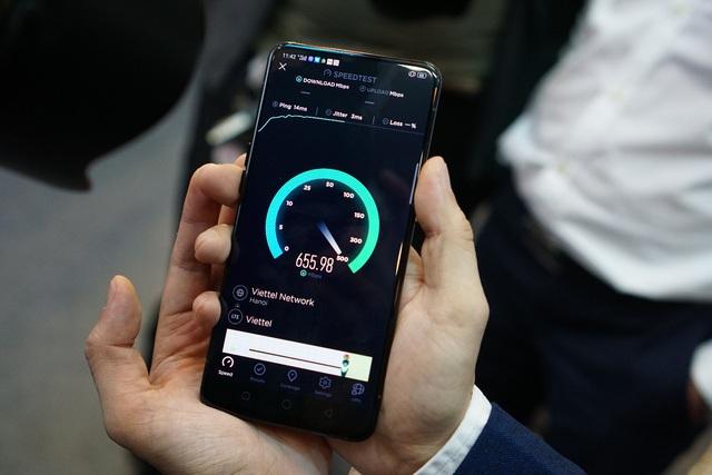 Smartphone 5G – Nên mua hay nên đợi? – Lắng nghe ý kiến các Reviewer - Ảnh 1.