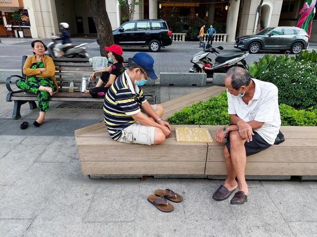Sài Gòn - thành phố không ngủ qua ống kính Galaxy A72 - ảnh 1