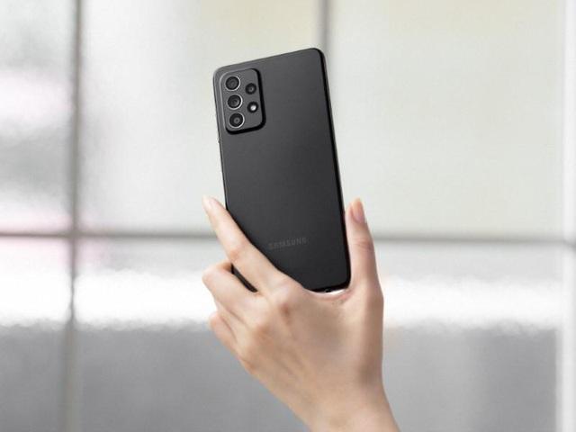 """""""Hot rần rần"""" với Samsung Galaxy A52 5G, vừa nhanh, mạnh vừa chống nước lại có cả bộ camera """"xịn sò"""" - Ảnh 2."""