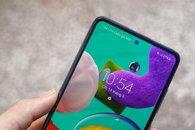 """""""Hot rần rần"""" với Samsung Galaxy A52 5G, vừa nhanh, mạnh vừa chống nước lại có cả bộ camera """"xịn sò"""" - Ảnh 3."""