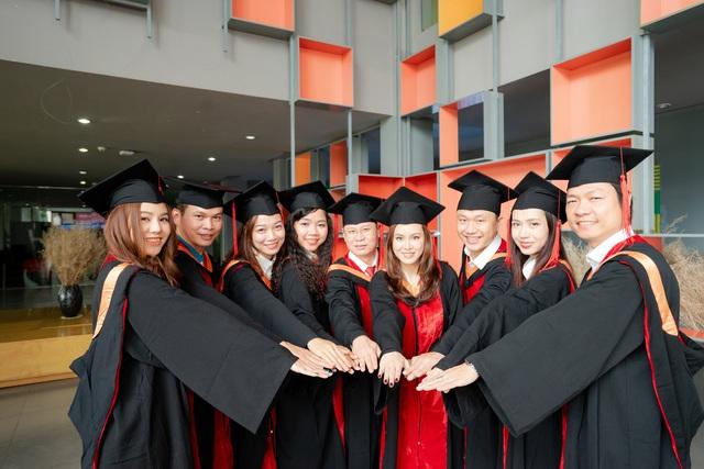 Thăng Tiến Nhờ Bệ Phóng MBA - Ảnh 1.