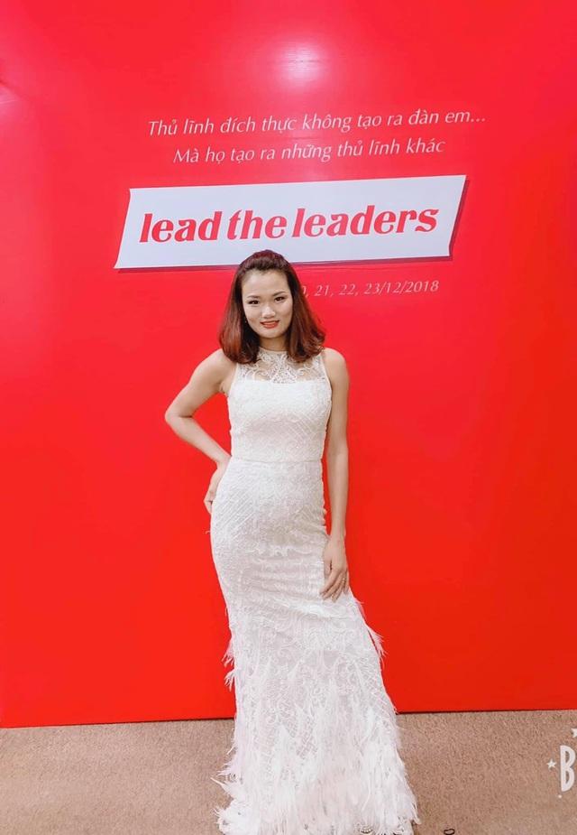 Mỹ Mỹ Authentic - Nơi tôn vinh vẻ đẹp phụ nữ Việt trong trang phục dạ hội - Ảnh 1.