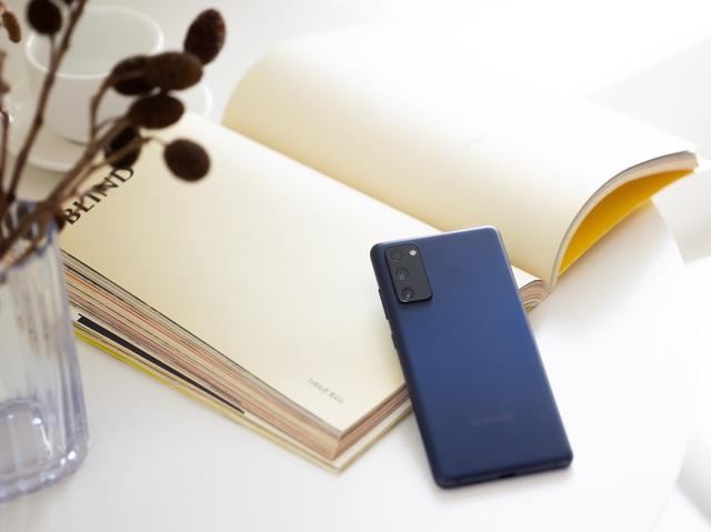 Samsung chiều lòng người dùng, mang phiên bản Galaxy S20 FE Snapdragon về Việt Nam - Ảnh 3.