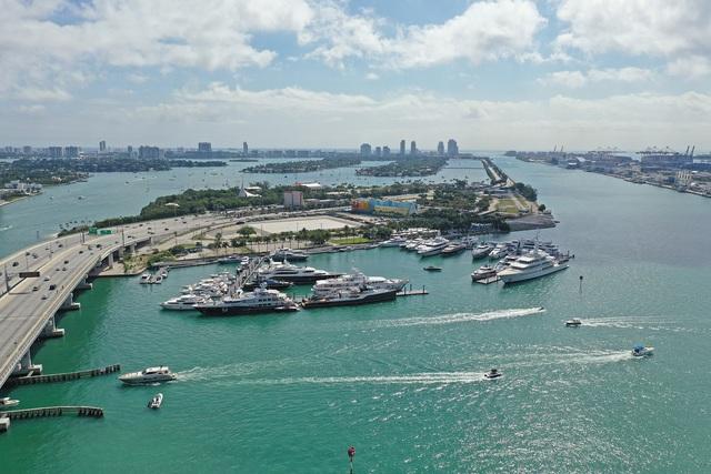 Sức hấp dẫn của BĐS bên bến du thuyền: Từ Miami đến vịnh di sản - Ảnh 1.