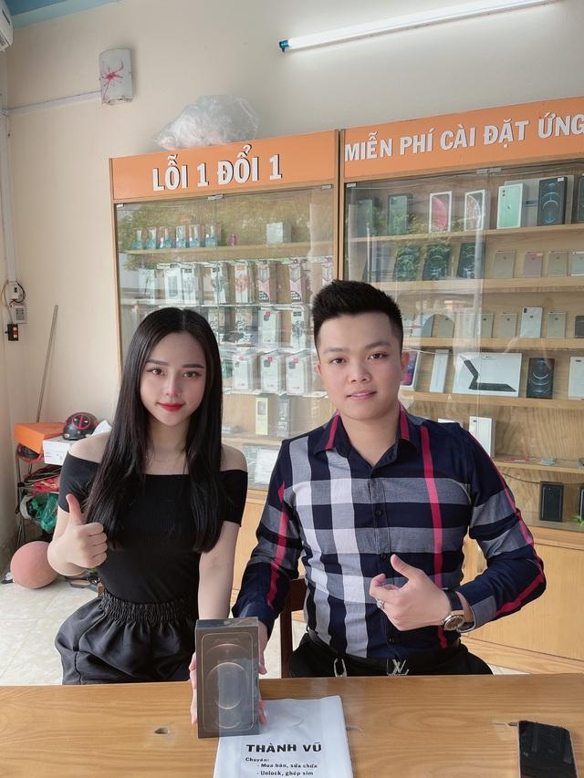 Chủ cửa hàng điện thoại chia sẻ kinh nghiệm cho người muốn mua máy cũ - Ảnh 2.