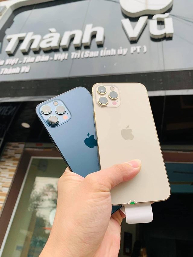 Chủ cửa hàng điện thoại chia sẻ kinh nghiệm cho người muốn mua máy cũ - Ảnh 3.