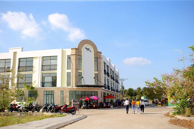 Kinh doanh đắc lộc tại Phố Thương gia Phước Thới – chỉ còn 25 căn trục chính - Ảnh 2.