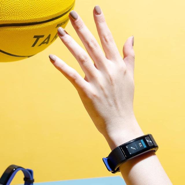 """Bật mí """"sức hút"""" của chiếc vòng tay thông minh smartband J2 - Ảnh 2."""