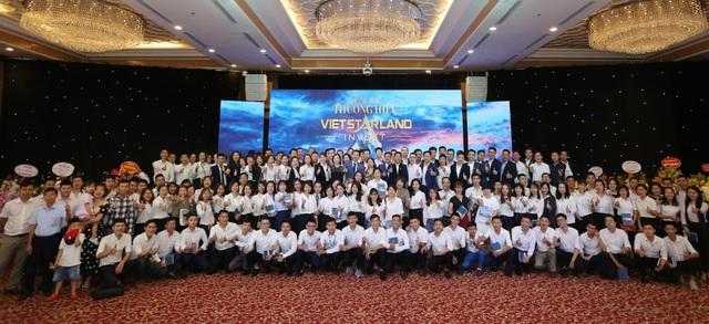 Vietstarland Top 1 nhà phân phối BĐS Vinhomes lớn nhất hệ thống miền Bắc - Ảnh 1.