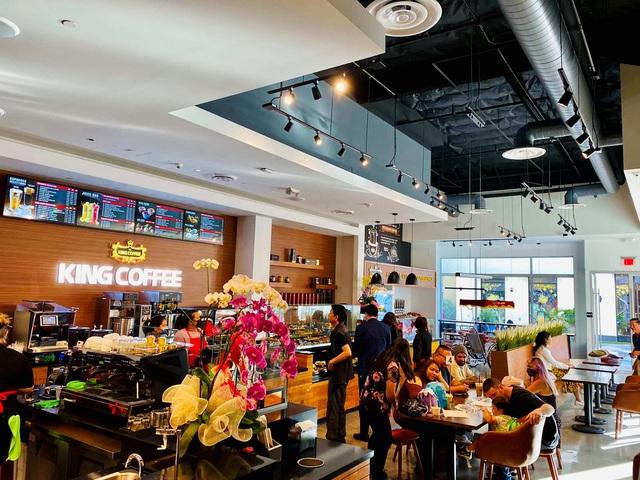 TNI King Coffee khai trương quán cà phê đầu tiên tại Hoa Kỳ - Ảnh 2.