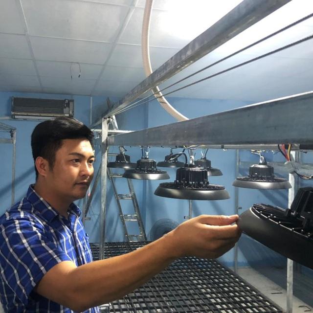 Nguyễn Ngọc Khánh: Nghiên cứu và khởi nghiệp thành công về phòng sinh trưởng cho cây giống - Ảnh 2.