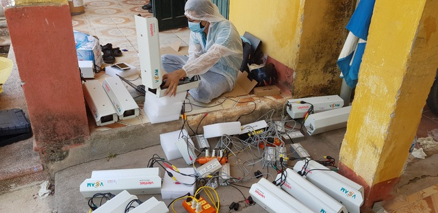 Viettel hoàn thành lắp đặt và kết nối 3.000 camera giám sát tại khu vực cách ly - Ảnh 1.