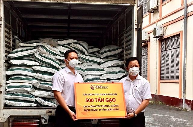 T&T group ủng hộ 1.000 tấn gạo và 5 tỷ đồng tiếp sức cho Bắc Ninh, Bắc Giang chống dịch - Ảnh 1.