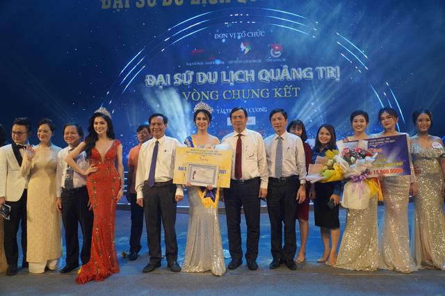 Tân Đại sứ du lịch Quảng Trị đang là sinh viên Đại học Greenwich (Việt Nam) - ảnh 5