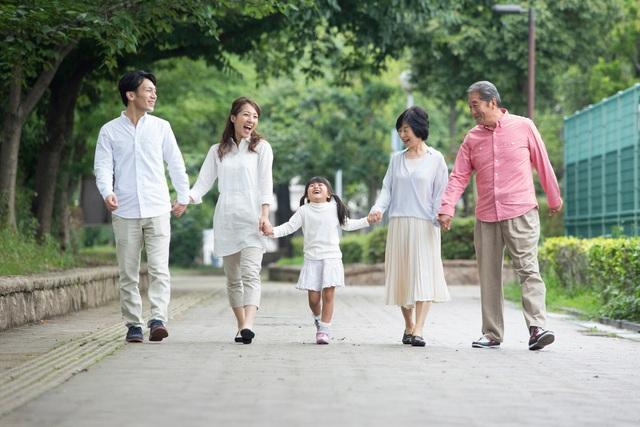 Học người Nhật lắng nghe cơ thể để phòng đột quỵ khi bước sang tuổi 50 - Ảnh 1.