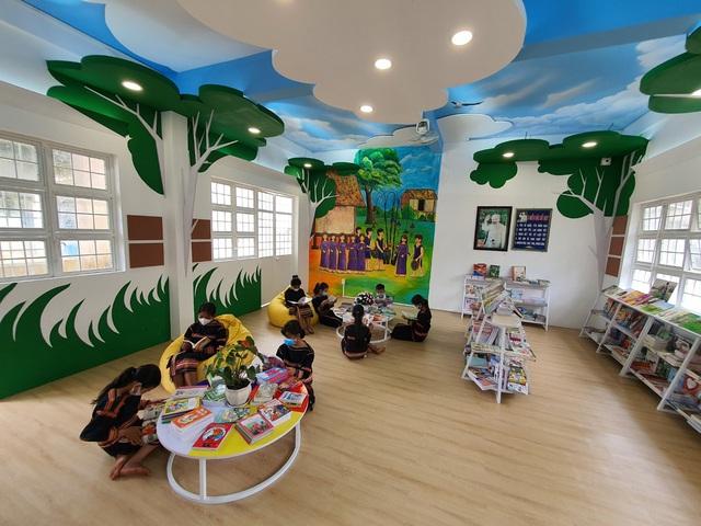 Khánh thành không gian đọc sách mô hình mới tại Pleiku - Ảnh 1.