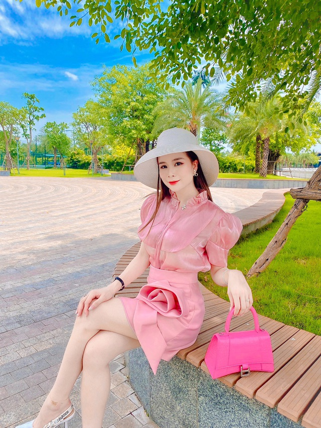 CEO Nguyễn Thị Ly hé mở 4 xu hướng thời trang được yêu thích tại DT Rose - Ảnh 3.