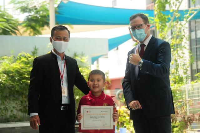 12 học sinh lớp 12 VAS nhận học bổng du học trị giá hơn 60 tỷ đồng - Ảnh 4.