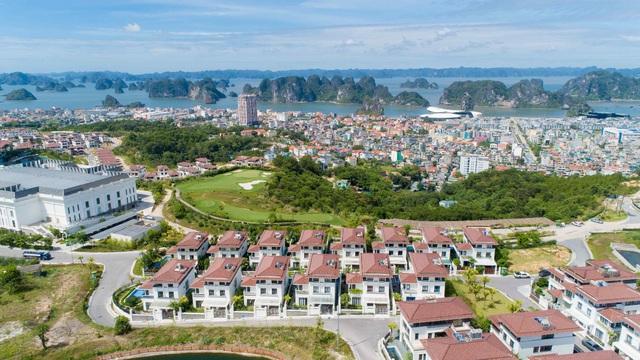 Sắc màu Địa Trung Hải phóng khoáng tại biệt thự FLC Grand Villa Halong - Ảnh 1.