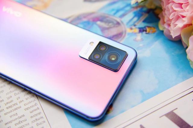 Trải nghiệm 5G đã là xu thế, còn chần chờ gì mà không sở hữu cho riêng mình một chiếc điện thoại 5G - Ảnh 3.