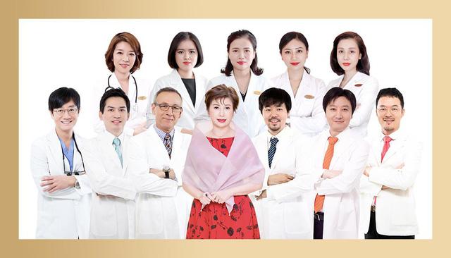 Bác sĩ thẩm mỹ người Mỹ ủng hộ  quỹ Vaccine Covid-19 của Việt Nam - Ảnh 3.