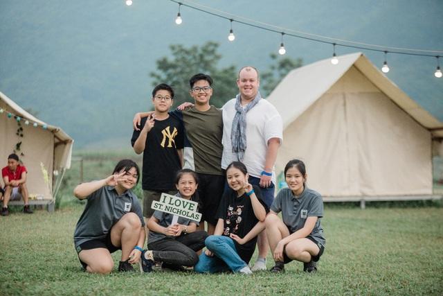 Tân Chủ tịch Trường St. Nicholas, Đà Nẵng: Tiếng Anh giúp mở cánh cửa bước ra thế giới - Ảnh 2.