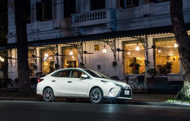 Toyota Vios được ưu đãi chưa từng có, quyết đòi lại ngôi vương - Ảnh 2.