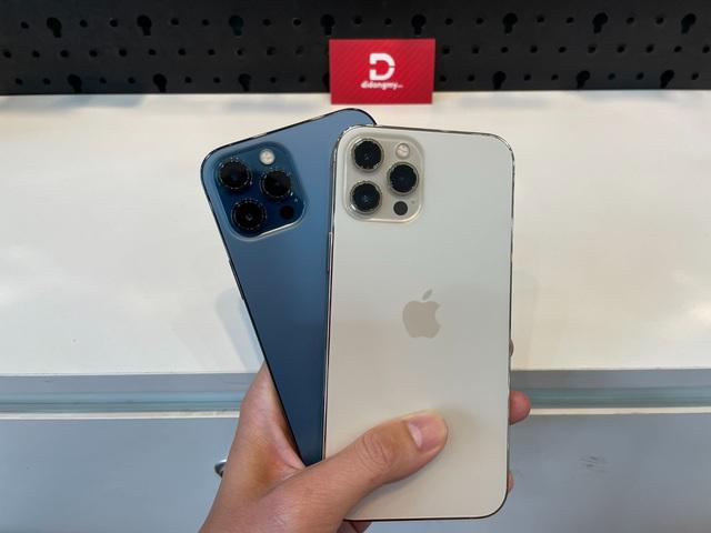 Mua iPhone 12, iPhone 11 series dễ dàng với mức giảm tiền triệu - Ảnh 1.