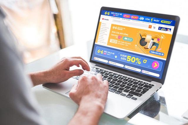 Thị trường thương mại điện tử sôi động trong mùa dịch - Ảnh 1.