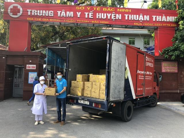 BEST Express hỗ trợ vận chuyển miễn phí hàng cứu trợ đến vùng dịch - Ảnh 1.