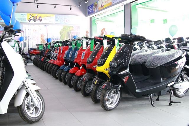 Choáng với đại siêu thị xe đạp, xe điện khủng chính thức khai trương tại đường Đồng Khởi, Biên Hòa. - Ảnh 2.