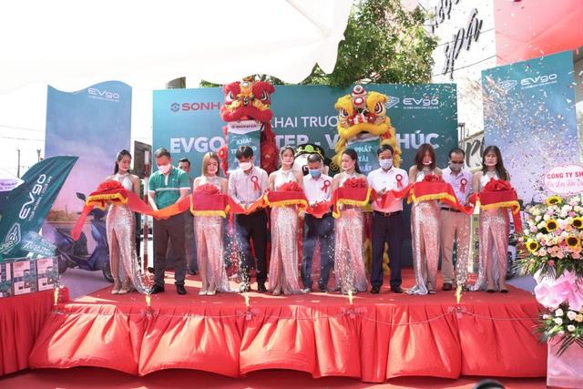 Khai trương EVgo Center: Sơn Hà chung tay phát triển xe máy điện tại Việt Nam - Ảnh 1.