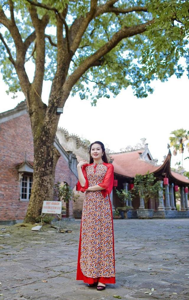 Đỗ Tiến Vũ: Trang phục truyền thống tôn vinh nét đẹp phụ nữ Việt - Ảnh 2.