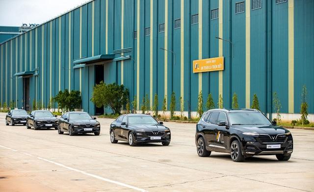 VinFast bàn giao 18 xe Lux cho Công ty Gang thép VAS Nghi Sơn - Ảnh 5.