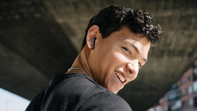 JBL Live PRO+ TWS: Tai nghe chất cho người thích sáng tạo - Ảnh 1.