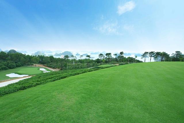 FLC Grand Villa Halong: nghỉ dưỡng chuẩn 5 sao giữa lòng kỳ quan - Ảnh 2.