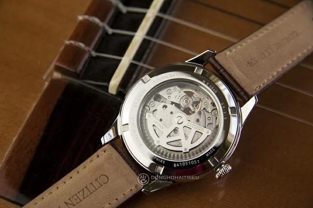 Tưởng đồng hồ Citizen cơ lộ máy có gì hay, hoá ra là vậy - Ảnh 2.