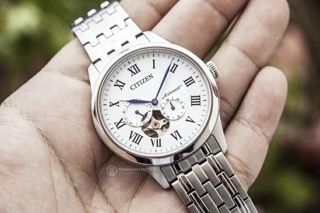 Tưởng đồng hồ Citizen cơ lộ máy có gì hay, hoá ra là vậy - Ảnh 3.