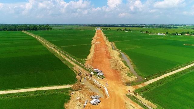 Đầu tư hạ tầng giao thông – Tạo đường băng cho Yên Định cất cánh - Ảnh 1.