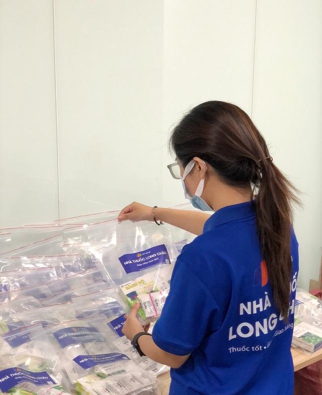 Nhà thuốc FPT Long Châu đồng hành cùng cộng đồng trong đại dịch Covid-19 - Ảnh 1.
