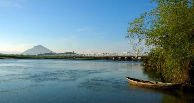 Đại lộ Phan Chu Trinh kết nối trung tâm thành phố, Nam Tuy Hòa hóa đất vàng - Ảnh 1.