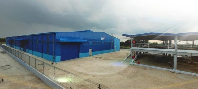 Bàn giao nhà xưởng tại KCN Thành Thành Công để thành lập bệnh viện dã chiến - Ảnh 1.